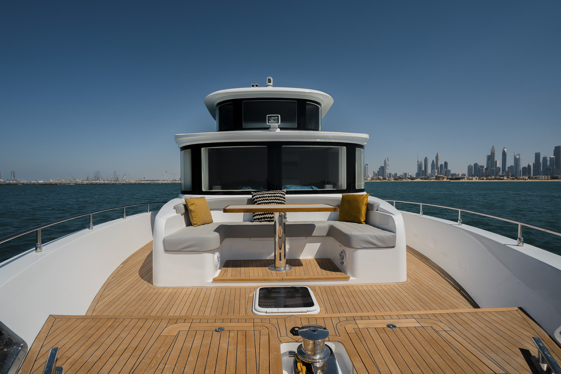 Nomad 95 SUV Bow Seating